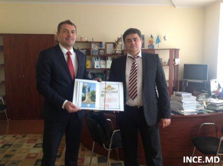 Dl Alexandru Stratan, Directorul Institutului Național de Cercetări Economice la o aniversare frumoasă