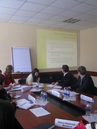 """IEFS în colaborare cu ME al RM au organizat Masa rotundă  cu genericul  """"Reexporturile în Republica Moldova"""""""
