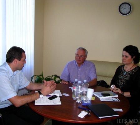 Vizita dlui Dr. Ceslav Ciobanu, Profesor, Ambasador (ret), Universitatea de Stat din Virginia, la INCE