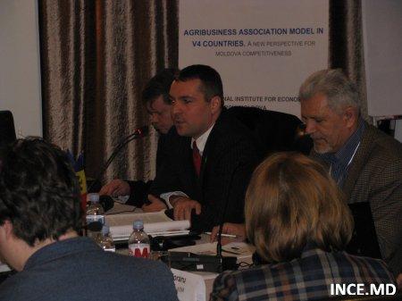 """Conferința Internațională """"Modele de asociere a producătorilor agricoli în Republica Moldova vs ţările V4 (Republica Cehă, Ungaria, Polonia și Slovacia)"""""""